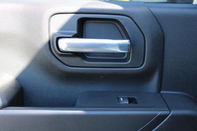 2021 Chevrolet Silverado 3500 Crew Cab 4x4, Platform Body #M194411 - photo 24