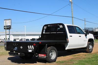 2021 Chevrolet Silverado 3500 Crew Cab 4x4, Platform Body #M194411 - photo 2