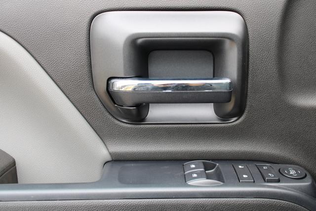 2020 Chevrolet Silverado 5500 Regular Cab DRW 4x4, Knapheide Value-Master X Platform Body #M350678 - photo 18