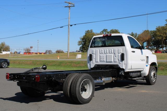 2020 Chevrolet Silverado 5500 Regular Cab DRW 4x2, Cab Chassis #M364662 - photo 2