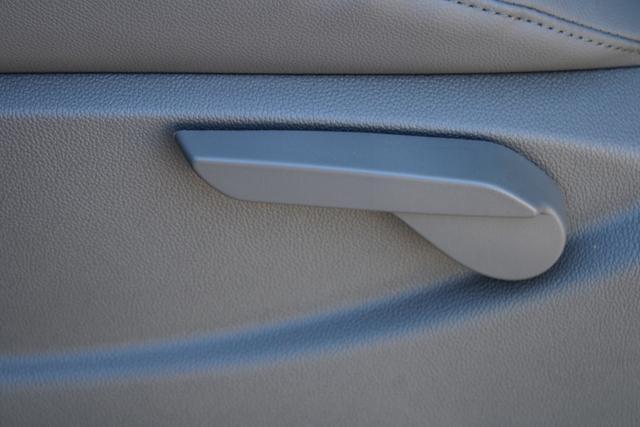 2020 Chevrolet Silverado 5500 Regular Cab DRW 4x2, Platform Body #M364663 - photo 19