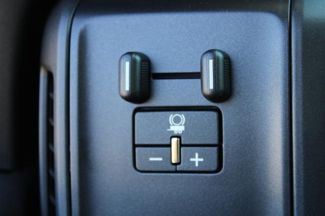 2020 Chevrolet Silverado 5500 Regular Cab DRW 4x2, Platform Body #M364663 - photo 10