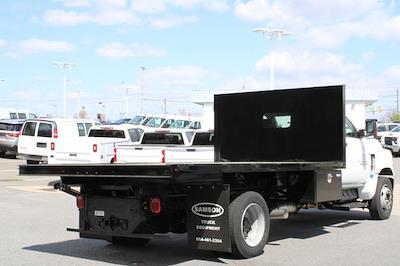 2020 Chevrolet Silverado 5500 Regular Cab DRW 4x2, Platform Body #M364663 - photo 2