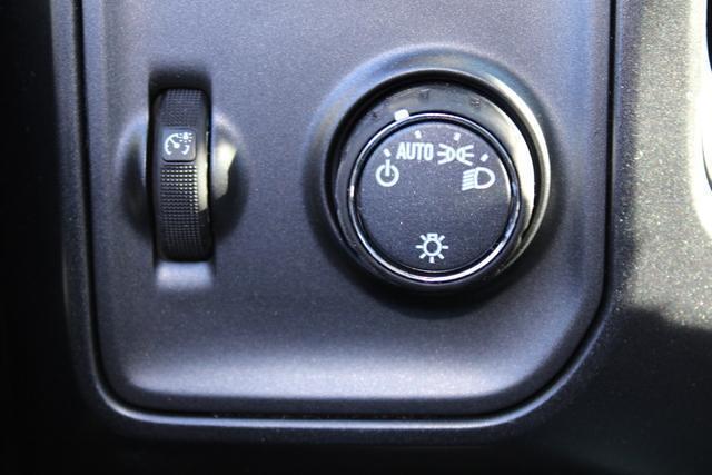 2020 Chevrolet Silverado 5500 Regular Cab DRW 4x4, Cab Chassis #M394213 - photo 11