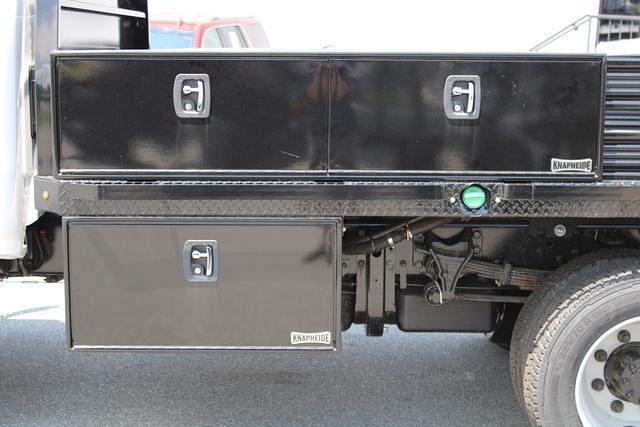 2020 Chevrolet Silverado 5500 Regular Cab DRW 4x4, Cab Chassis #M394213 - photo 22