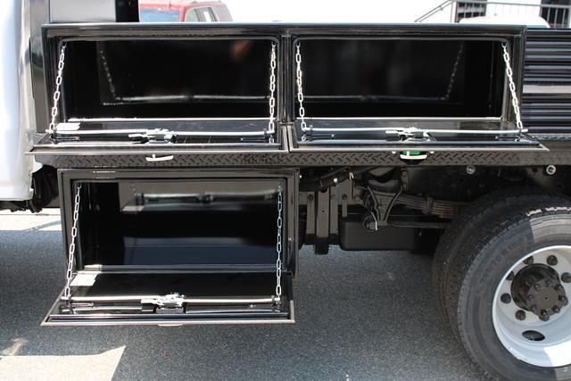 2020 Chevrolet Silverado 5500 Regular Cab DRW 4x4, Cab Chassis #M394213 - photo 23