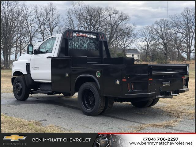 2019 Chevrolet Silverado 4500 Regular Cab DRW 4x2, Knapheide PGND Gooseneck Platform Body #M610112 - photo 3