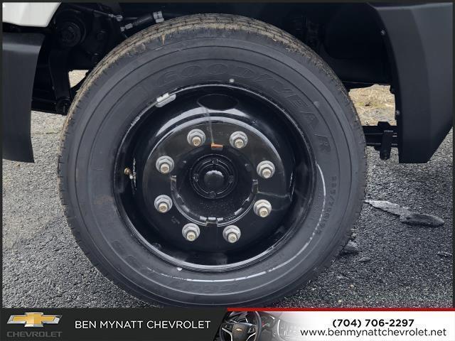 2019 Chevrolet Silverado 4500 Regular Cab DRW 4x2, Knapheide PGND Gooseneck Platform Body #M610112 - photo 4