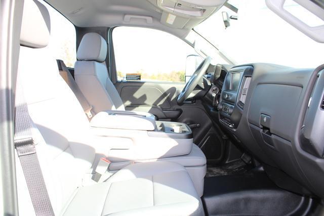 2020 Chevrolet Silverado 4500 Regular Cab DRW 4x2, Cab Chassis #M653011 - photo 20