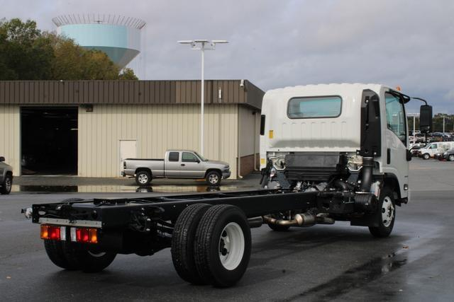 2020 Chevrolet LCF 3500 Regular Cab DRW 4x2, Cab Chassis #M800595 - photo 2