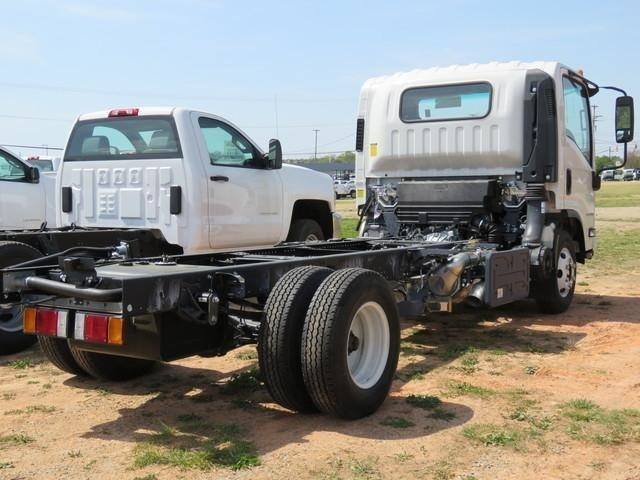 2018 LCF 3500 Regular Cab,  Cab Chassis #M807061 - photo 2