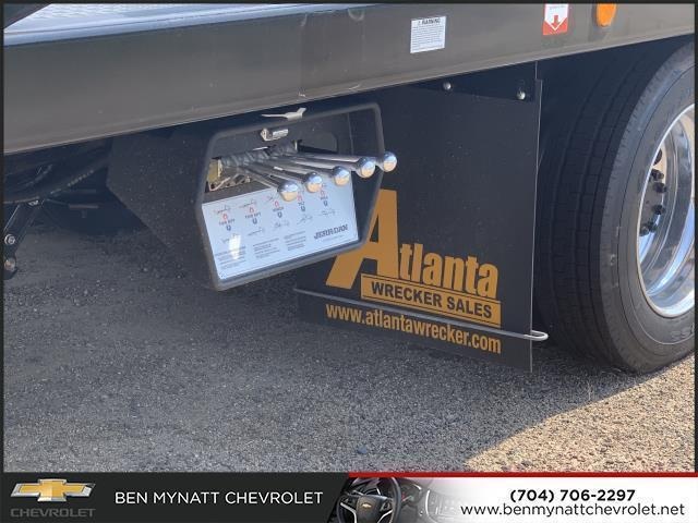 2019 Silverado 5500 Regular Cab DRW 4x2, Jerr-Dan Standard Duty Carriers Rollback Body #M827486 - photo 1