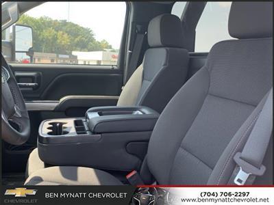 2019 Chevrolet Silverado 5500 Regular Cab DRW 4x2, Jerr-Dan Standard Duty Carriers Rollback Body #M827486 - photo 11