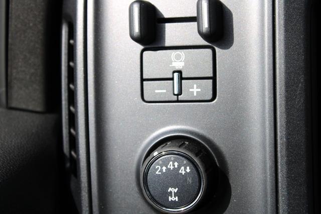 2020 Chevrolet Silverado 5500 Regular Cab DRW 4x4, Knapheide Value-Master X Platform Body #M869999 - photo 13