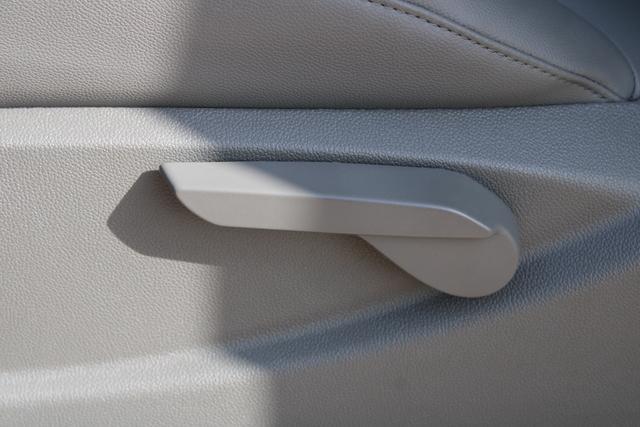 2020 Chevrolet Silverado 5500 Regular Cab DRW 4x4, Knapheide Value-Master X Platform Body #M869999 - photo 19