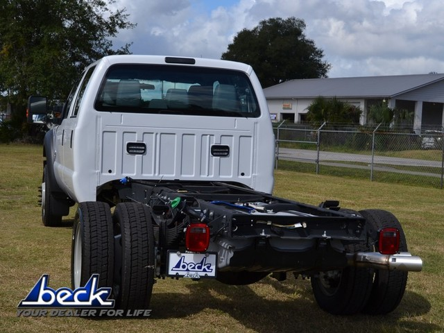 2016 F-550 Crew Cab DRW 4x4, Cab Chassis #FN3571 - photo 4