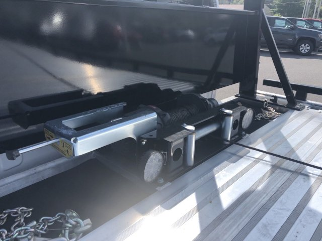 2019 Silverado Medium Duty Regular Cab DRW 4x2,  Miller Industries Chevron Rollback Body #550919 - photo 11