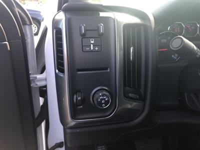 2019 Silverado Medium Duty Regular Cab DRW 4x2,  Miller Industries Chevron Rollback Body #550919 - photo 18
