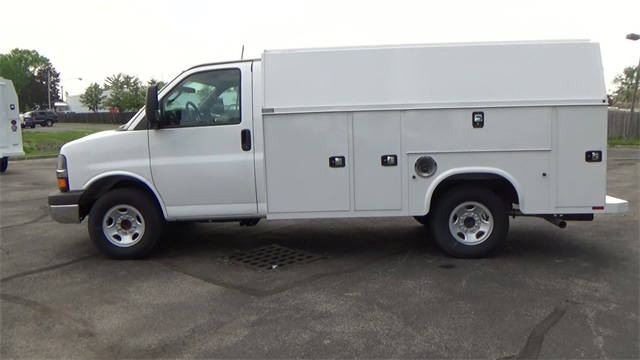 2016 Express 3500, Knapheide Service Utility Van #T160428 - photo 16