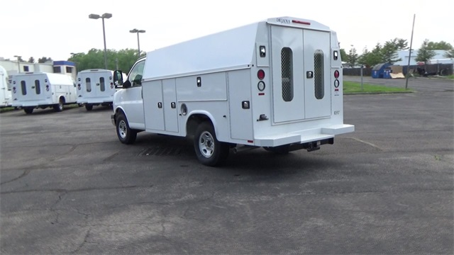 2016 Express 3500, Knapheide Service Utility Van #T160494 - photo 2