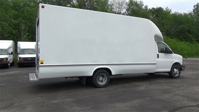 2016 Express 3500, Unicell Cutaway Van #T160757 - photo 3