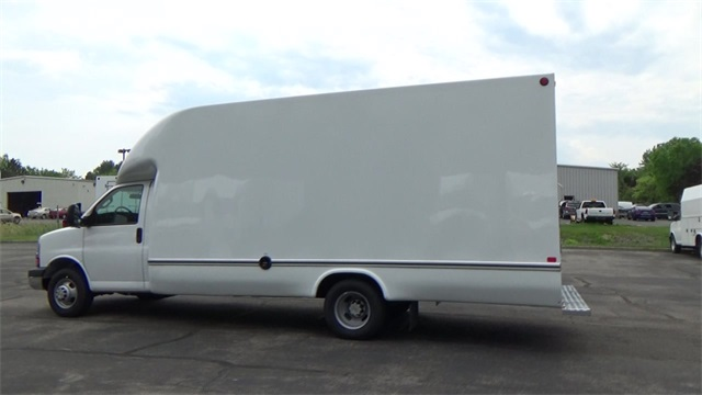 2016 Express 3500, Unicell Cutaway Van #T160757 - photo 2