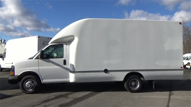 2016 Express 3500, Cutaway Van #T162140 - photo 6