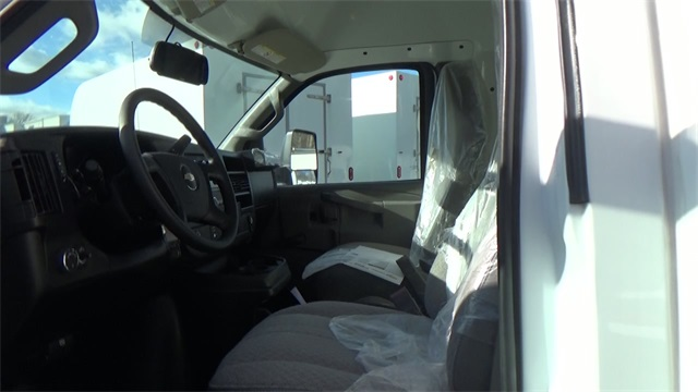 2016 Express 3500, Cutaway Van #T162140 - photo 8