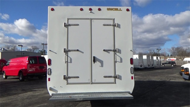 2016 Express 3500, Cutaway Van #T162150 - photo 25