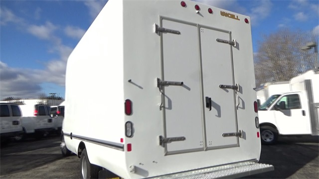 2016 Express 3500, Cutaway Van #T162150 - photo 27