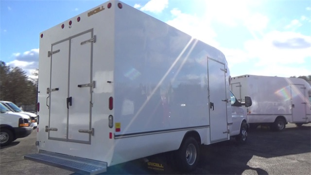 2016 Express 3500, Cutaway Van #T162161 - photo 2