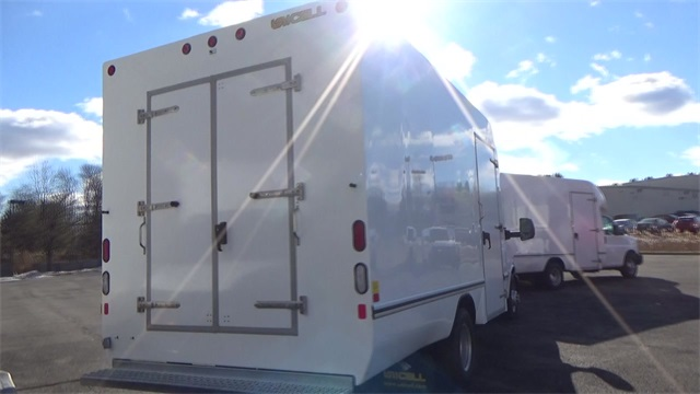 2016 Express 3500, Cutaway Van #T162161 - photo 17