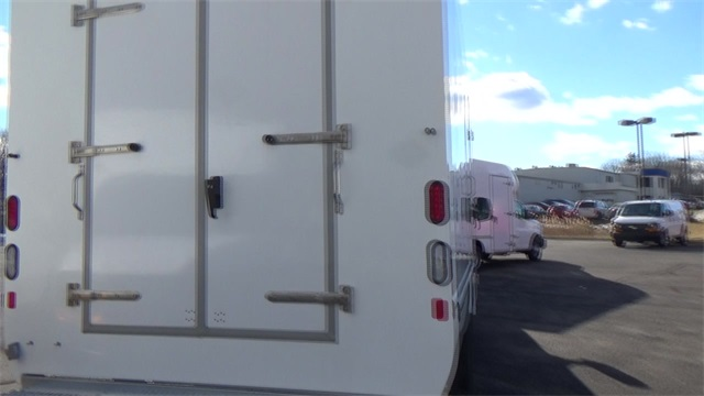 2016 Express 3500, Cutaway Van #T162161 - photo 23