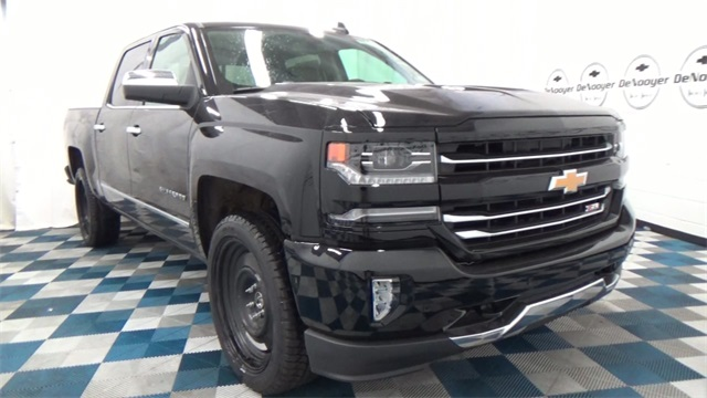 2017 Silverado 1500 Crew Cab 4x4, Pickup #T170176 - photo 3