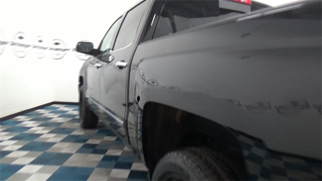 2017 Silverado 1500 Crew Cab 4x4, Pickup #T170176 - photo 23