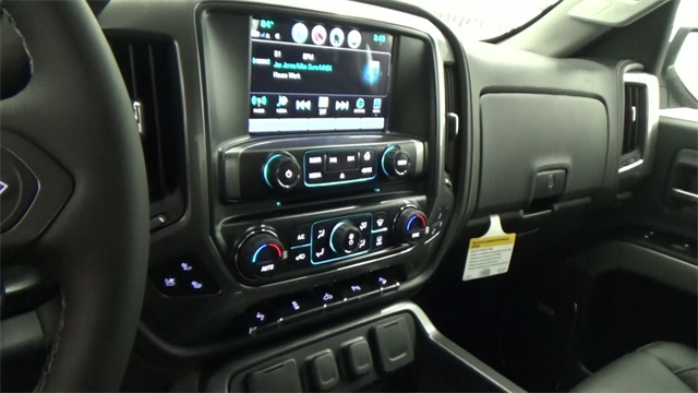 2017 Silverado 1500 Crew Cab 4x4, Pickup #T170191 - photo 13