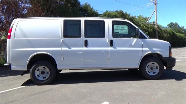2017 Express 2500 Cargo Van #T170214 - photo 3