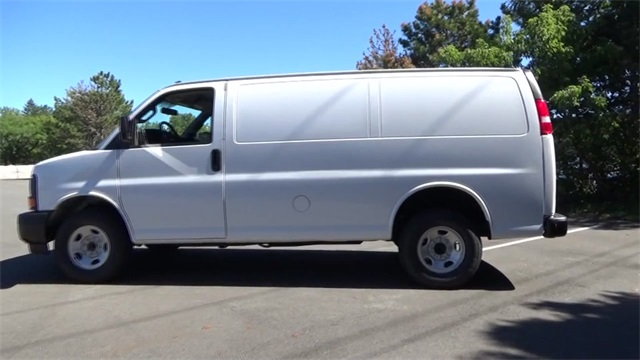 2017 Express 2500 Cargo Van #T170219 - photo 5