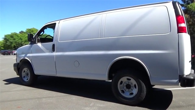 2017 Express 2500 Cargo Van #T170225 - photo 4