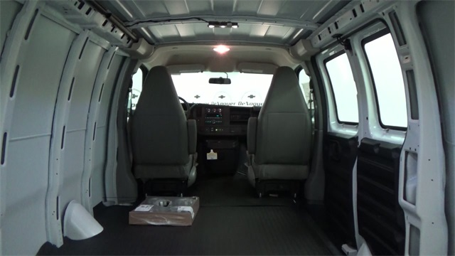 2017 Express 2500 Cargo Van #T170338 - photo 18