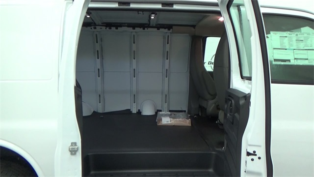 2017 Express 2500 Cargo Van #T170338 - photo 20