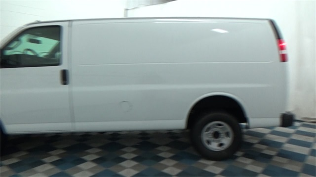 2017 Express 2500, Cargo Van #T170338 - photo 5