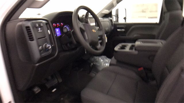 2017 Silverado 3500 Regular Cab 4x4 Cab Chassis #T170770 - photo 13