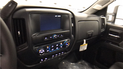 2017 Silverado 3500 Regular Cab 4x4 Cab Chassis #T170770 - photo 12