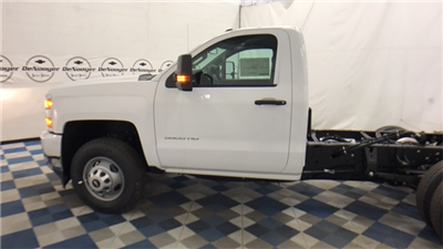 2017 Silverado 3500 Regular Cab 4x4 Cab Chassis #T170770 - photo 14