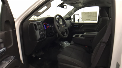 2017 Silverado 3500 Regular Cab 4x4 Cab Chassis #T170770 - photo 7