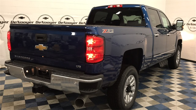 2017 Silverado 2500 Crew Cab 4x4, Pickup #T170809 - photo 2