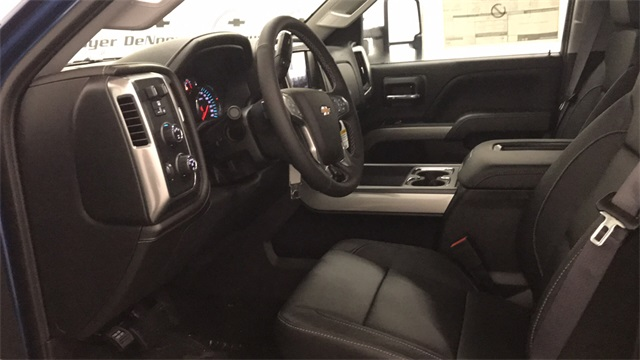 2017 Silverado 2500 Crew Cab 4x4, Pickup #T170809 - photo 7