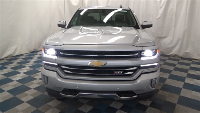 2017 Silverado 1500 Crew Cab 4x4, Pickup #T171022 - photo 3