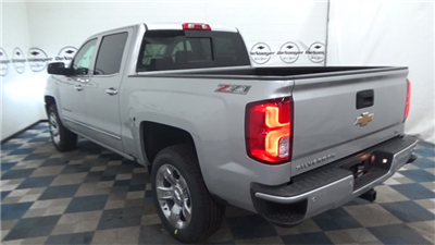 2017 Silverado 1500 Crew Cab 4x4, Pickup #T171022 - photo 6